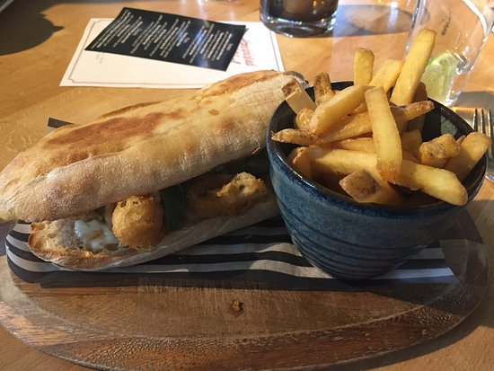 Alderley Edge, UK: Fish finger sandwich with fries - yum!