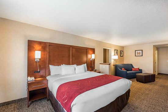 Firestone, CO: Whirlpool room