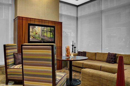 Hilton Garden Inn New York/West 35th Street: Hotel Lobby