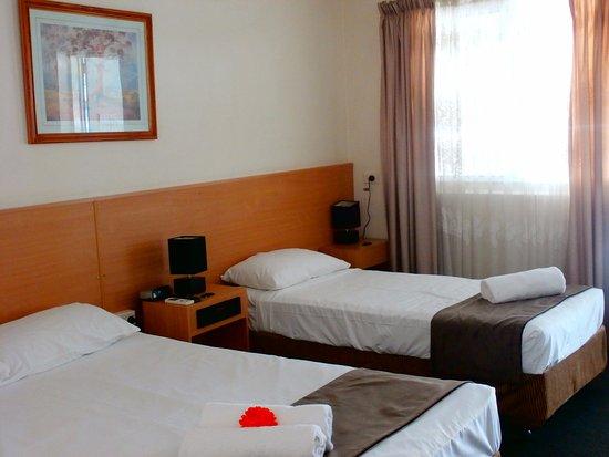 Oscar Motel Bundaberg: Our standard twin room