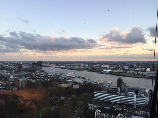 Clouds Hamburg - Picture of clouds - Heaven\'s Bar & Kitchen ...