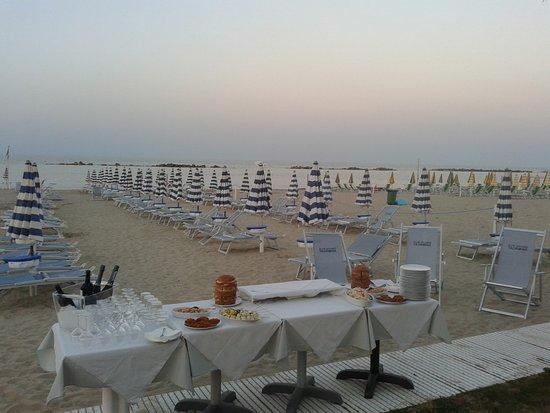 Boobie's bar: Catering in spiaggia