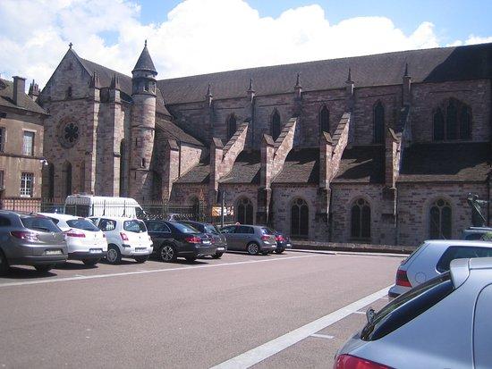 Basilique Saint-Pierre de Luxeuil-les-Bains