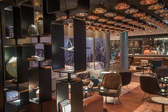 Motel One Hamburg Airport One Lounge