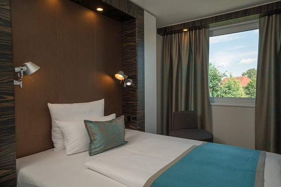 Motel One Hamburg Airport EZNMit Single Belegung