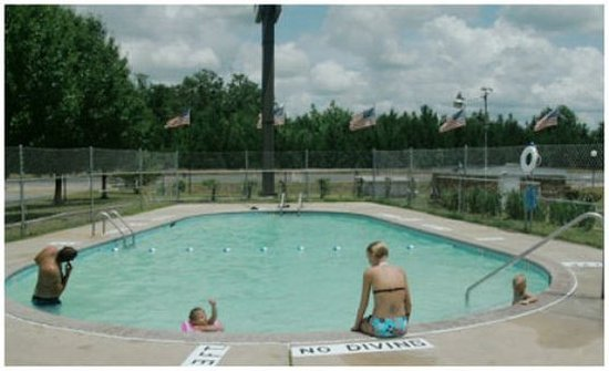 Whiteville, NC: Pool