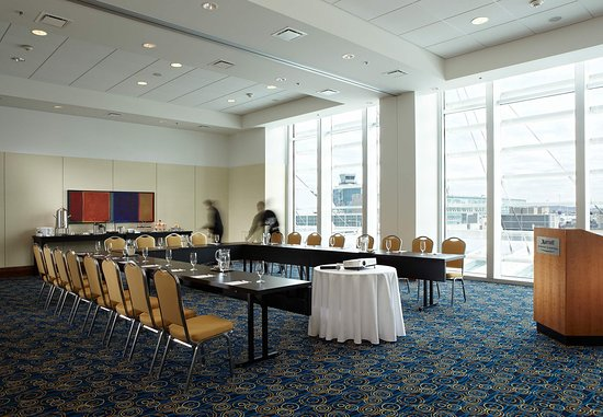 Dorval, Canada: Saphir Meeting Room