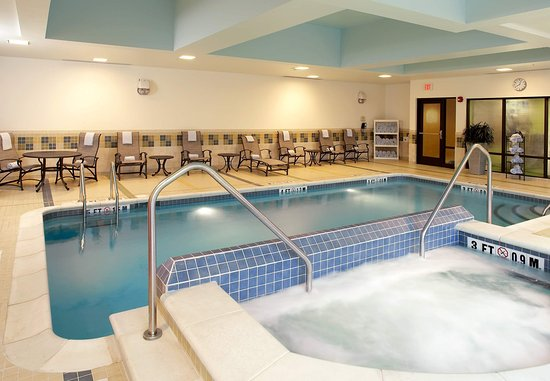 Cumberland, MD: Indoor Pool & Spa