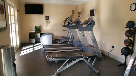 Homewood Suites by Hilton Sarasota : Fitness room