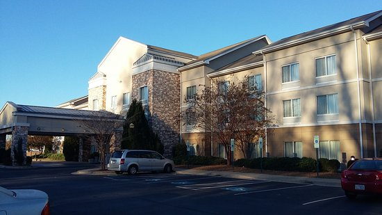Holiday Inn Express Williamston: 20161122_074941_large.jpg