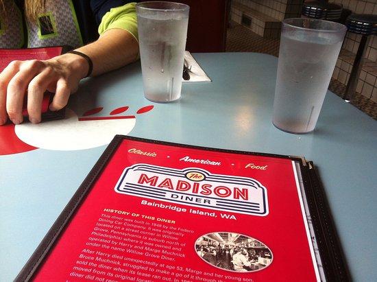 Bainbridge Island, WA: Table with menu
