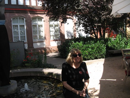 Calw, Duitsland: By a shadt pool, Villa Wagner