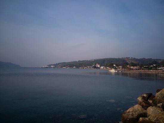 Alinda, Hy Lạp: Παραλία Δύο Λισκάρια