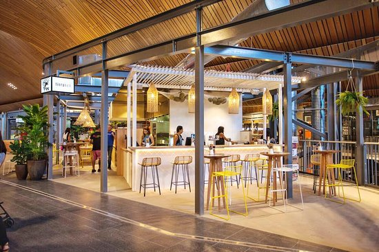 Robina, أستراليا: The bar of the newly opened restaurant