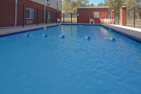 เอนเตอร์ไพรซ์, อลาบาม่า: Swimming Pool