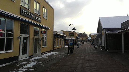 outlet stockholm barkaby