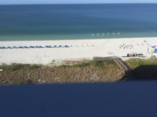 Marriott's Crystal Shores: Ocean front