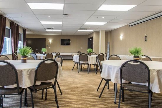 MainStay Suites Winnipeg: Meeting room