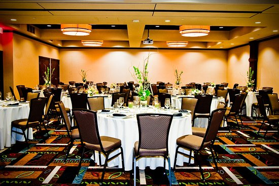 The Oxford Hotel: Banquet Set Up