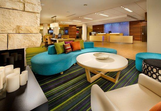 Fairfield Inn & Suites Baltimore BWI Airport: Lobby