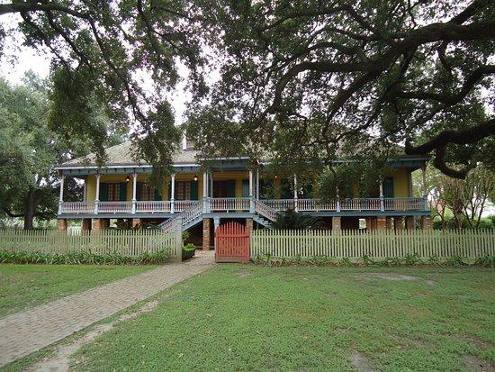 Vacherie, LA: Laura plantation owner house