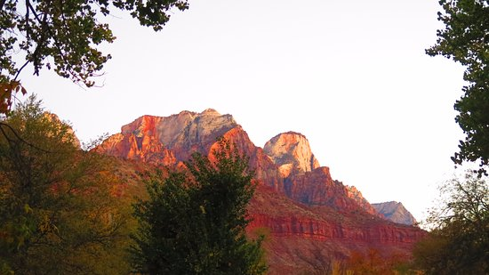 Quality Inn at Zion Park: Sunrise just outside our room.......worth getting up early to see mother nature waking up her mo