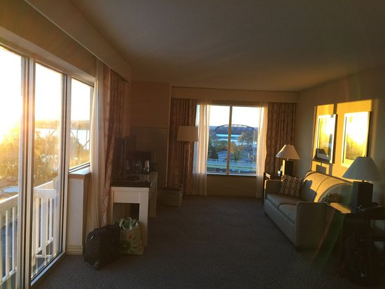 Jeffersonville, IN: River view Suite 1001