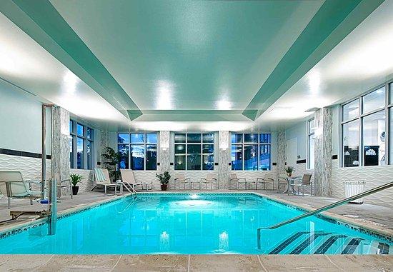 Chelsea, MA: Indoor Pool