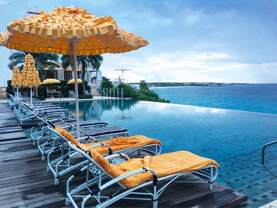 West End Village, Anguilla: The infinity pool