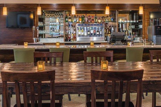 DoubleTree by Hilton Hotel Portland - Beaverton: Breakfast Area
