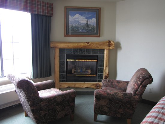 Hamilton, MT: Deluxe Spa Suite Fireplace