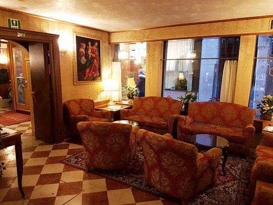 Antico Panada: hotel lounge - Wifi area