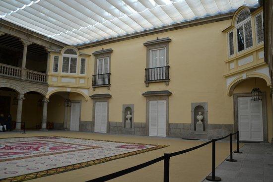 Palacio Real de El Pardo: Patio de los Austrias
