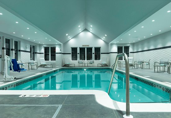 Orangeburg, NY: Indoor Pool