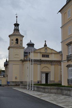 Palacio Real de El Pardo: Iglesia