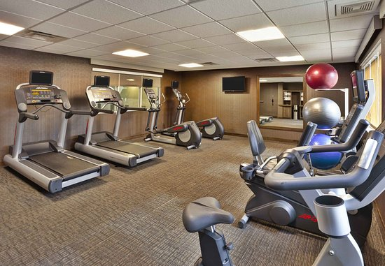 Wilmette, IL: Fitness Center