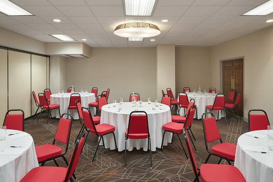 PIBeaver Falls Meeting Room Banquet