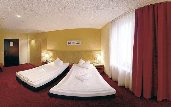 Hotel Adler Leipzig: Guestroom TRP 1
