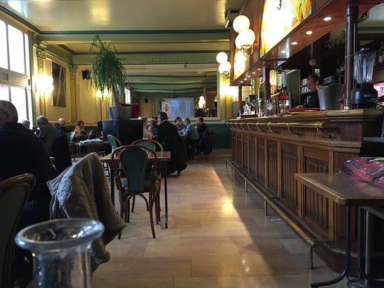 grand caf du th atre lons le saunier restaurant avis num ro de t l phone photos tripadvisor. Black Bedroom Furniture Sets. Home Design Ideas