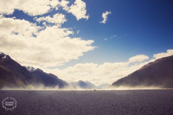 Glenorchy, Selandia Baru: Dust storm in the distance.