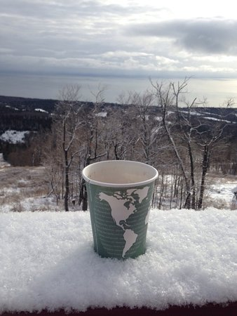 Lutsen, MN: Beautiful scenery, great view, dog friendly, hot chocolate at the top, Superior Hiking Trail.