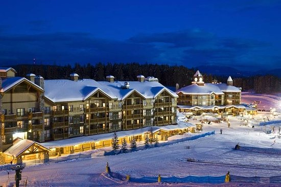 Kimberley, Canada: Ski in and ski out right from the back door of the Trickle Creek Lodge
