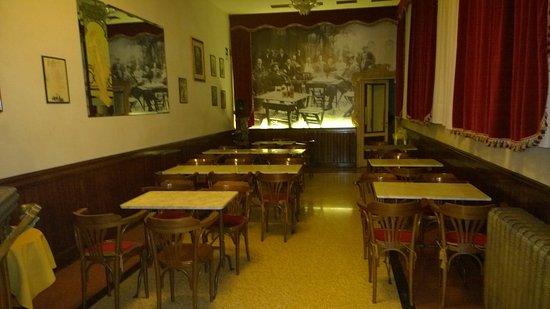Villafranca di Verona, Italy: Saletta posteriore
