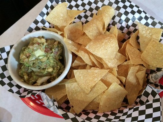 Hamilton, Nova York: Guacamole and chips