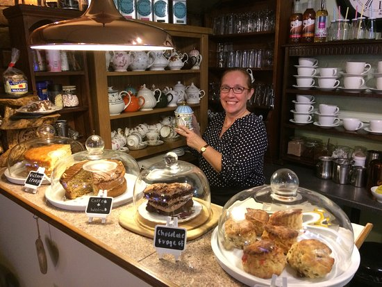 Oswestry, UK: The Courtyard Tea Rooms