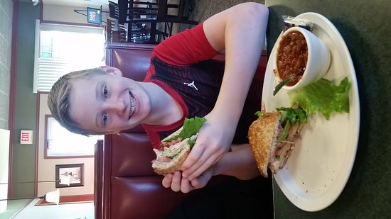 Saint Joseph, Missouri: Great food at Le Peep in St. Joseph, Missouri.