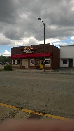 Flora, IL: Street View