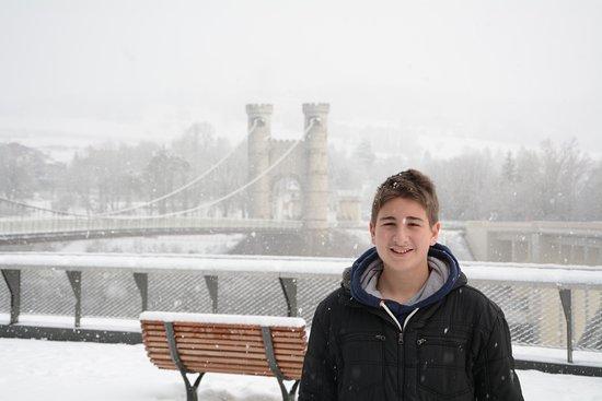 Cruseilles, Frankrig: Pont de la Caille - Snowing.
