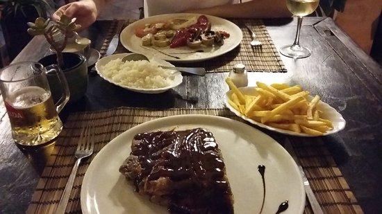 Restaurante Fortuna Nova: Spare ribs & fried vegetables
