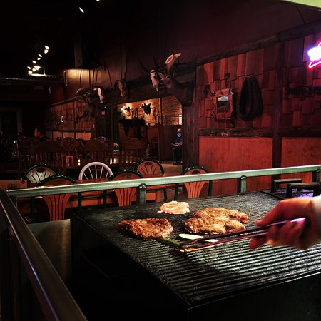 Caldwell, ID: We cook where you dine so you can watch your steak being cooked
